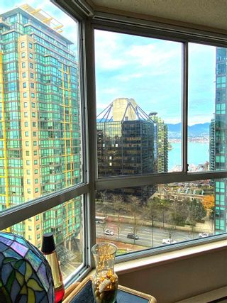 """Photo 9: 1001 717 JERVIS Street in Vancouver: West End VW Condo for sale in """"EMERALD WEST"""" (Vancouver West)  : MLS®# R2420598"""