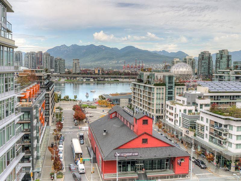 Main Photo: 1408 1783 MANITOBA STREET in Vancouver: False Creek Condo for sale (Vancouver West)  : MLS®# R2007052
