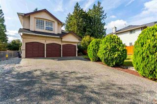 "Photo 1: 9673 205A Street in Langley: Walnut Grove House for sale in ""Derby Hills"" : MLS®# R2478645"