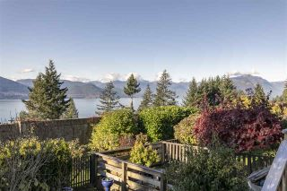 "Photo 9: 428 CROSSCREEK Road: Lions Bay Townhouse for sale in ""Lions Bay"" (West Vancouver)  : MLS®# R2498583"