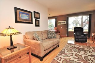 Photo 3: 4120 13 Avenue NE in Calgary: Marlborough House for sale : MLS®# C4144113