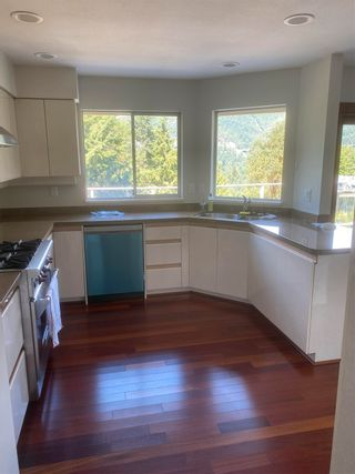 Photo 3: 5456 KEITH Road in West Vancouver: Caulfeild House for sale : MLS®# R2580320