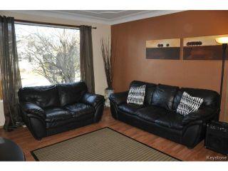 Photo 2: 216 Sydney Avenue in WINNIPEG: East Kildonan Residential for sale (North East Winnipeg)  : MLS®# 1507902