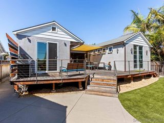 Photo 13: PACIFIC BEACH House for sale : 3 bedrooms : 1261 Diamond Street in San Diego
