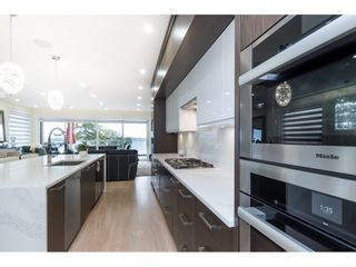 """Photo 10: 1105 JOHNSTON Road: White Rock House for sale in """"Hillside"""" (South Surrey White Rock)  : MLS®# R2511145"""