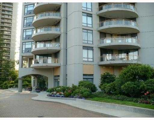 """Main Photo: 408 4425 HALIFAX Street in Burnaby: Brentwood Park Condo for sale in """"THE POLARIS"""" (Burnaby North)  : MLS®# V806382"""