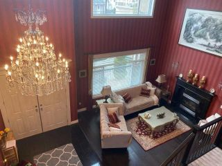 Photo 4: 2881 MALIBU Court in Coquitlam: Scott Creek House for sale : MLS®# R2546037