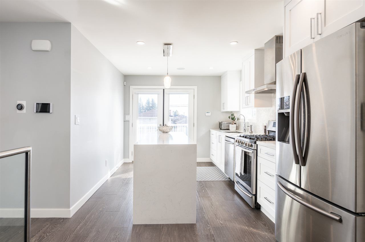 """Photo 6: Photos: 516 E 49TH Avenue in Vancouver: South Vancouver House for sale in """"FRASER"""" (Vancouver East)  : MLS®# R2461034"""