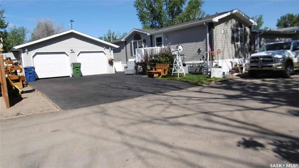 Main Photo: G5 POTC 1455 9th Avenue Northeast in Moose Jaw: Hillcrest MJ Residential for sale : MLS®# SK842351