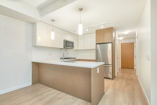Photo 7: 307 26 E ROYAL Avenue in New Westminster: Fraserview NW Condo for sale : MLS®# R2529261