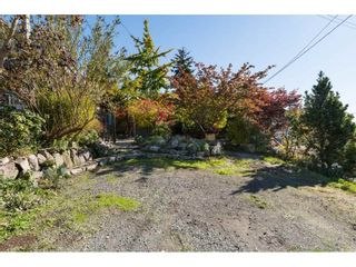 Photo 3: 952 PARKER Street: White Rock House for sale (South Surrey White Rock)  : MLS®# R2114907