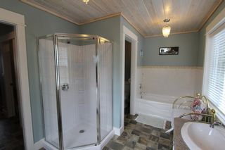 Photo 20: 7823 Squilax Anglemont Road in Anglemont: North Shuswap House for sale (Shuswap)  : MLS®# 10116503