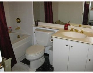 """Photo 5: 411 2201 PINE Street in Vancouver: Fairview VW Condo for sale in """"MERIDIAN COVE"""" (Vancouver West)  : MLS®# V757177"""
