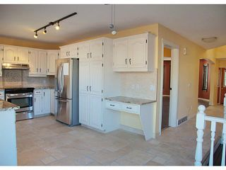 Photo 4: 34 SUNVISTA Crescent SE in Calgary: Sundance Residential Detached Single Family for sale : MLS®# C3636190