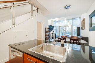 "Photo 8: 1243 SEYMOUR Street in Vancouver: Downtown VW Townhouse for sale in ""elan"" (Vancouver West)  : MLS®# R2519042"