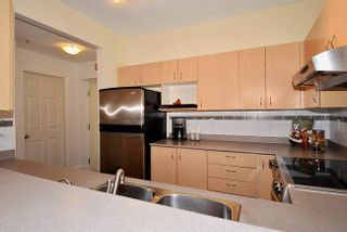 Photo 6: 9 123 SEVENTH STREET in New Westminster: Home for sale : MLS®# R2092803