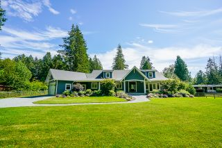 """Photo 1: 21776 6 Avenue in Langley: Campbell Valley House for sale in """"CAMPBELL VALLEY"""" : MLS®# R2476561"""