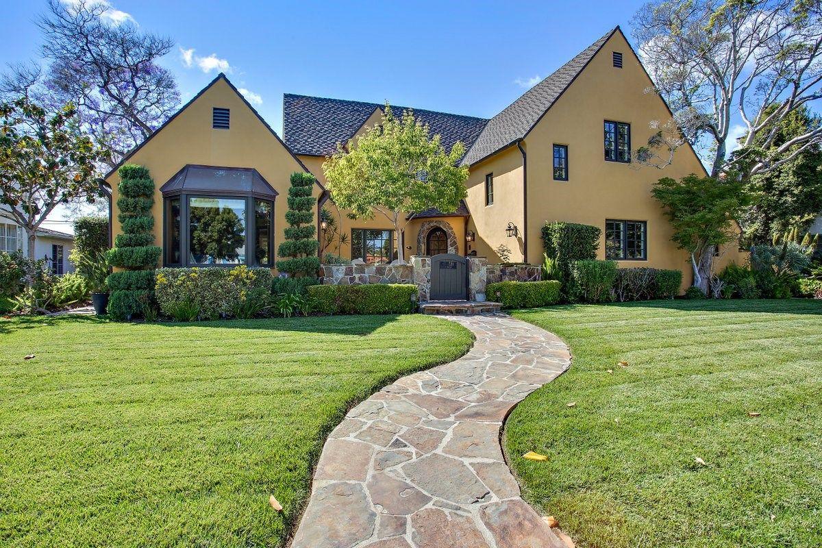 Main Photo: House for sale : 5 bedrooms : 720 J Avenue in Coronado