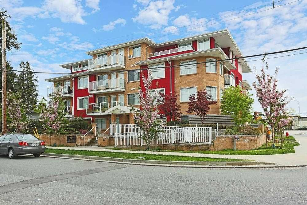 "Main Photo: 403 1990 WESTMINSTER Avenue in Port Coquitlam: Glenwood PQ Condo for sale in ""THE ARDEN"" : MLS®# R2572406"