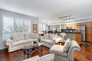Photo 2: 90 2200 PANORAMA DRIVE in Port Moody: Heritage Woods PM Townhouse for sale : MLS®# R2393955
