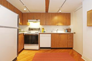 Photo 6: 289 Sumach St Unit #8 in Toronto: Cabbagetown-South St. James Town Condo for sale (Toronto C08)  : MLS®# C3715626