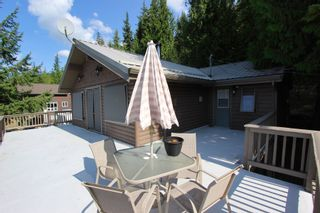 Photo 17: 7353 Kendean Road: Anglemont House for sale (North Shuswap)  : MLS®# 10239184