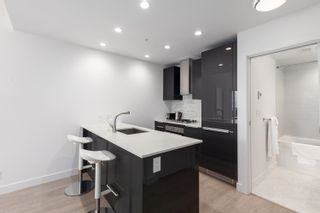 """Photo 4: 3604 1283 HOWE Street in Vancouver: Downtown VW Condo for sale in """"Tate Downtown"""" (Vancouver West)  : MLS®# R2593804"""