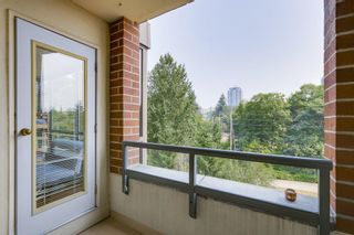 """Photo 11: 502 6837 STATION HILL Drive in Burnaby: South Slope Condo for sale in """"CLARIDGES"""" (Burnaby South)  : MLS®# R2195243"""