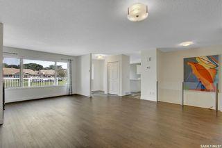 Photo 4: 36 Kensington Crescent in Regina: Parliament Place Residential for sale : MLS®# SK868076