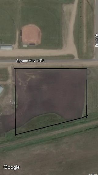 Photo 1: 211 Spruce Haven Road in Melfort: Commercial for sale : MLS®# SK841855