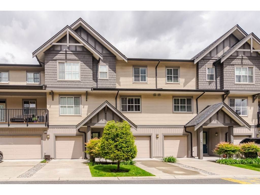 """Main Photo: 97 9525 204 Street in Langley: Walnut Grove Townhouse for sale in """"TIME"""" : MLS®# R2458220"""