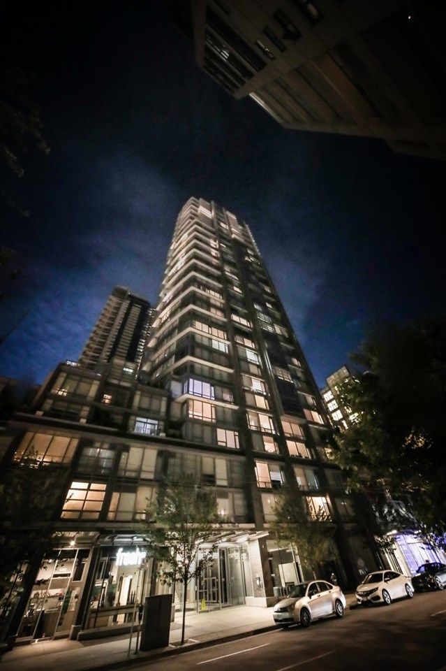 Main Photo: PH02 1283 HOWE Street in Vancouver: Downtown VW Condo for sale (Vancouver West)  : MLS®# R2551468