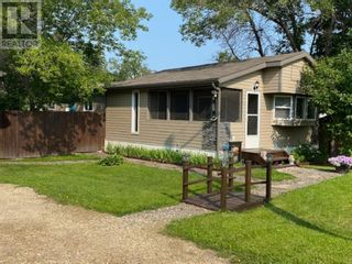Photo 2: 5238/42 48 Street in Mayerthorpe: House for sale : MLS®# A1134539