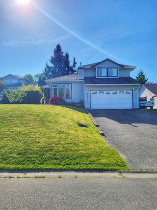 Photo 1: 6291 171A Street in Surrey: Cloverdale BC House for sale (Cloverdale)  : MLS®# R2575505