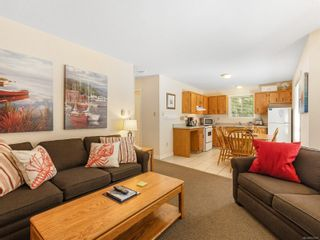 Photo 12: 68 1051 RESORT Dr in : PQ Parksville Row/Townhouse for sale (Parksville/Qualicum)  : MLS®# 872457