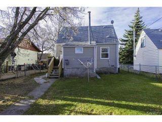 Photo 3: 1587 Manitoba Avenue in WINNIPEG: North End Residential for sale (North West Winnipeg)  : MLS®# 1323768