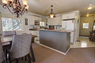 Photo 10:  in : Anglemont House for sale (North Shuswap)  : MLS®# 10239335