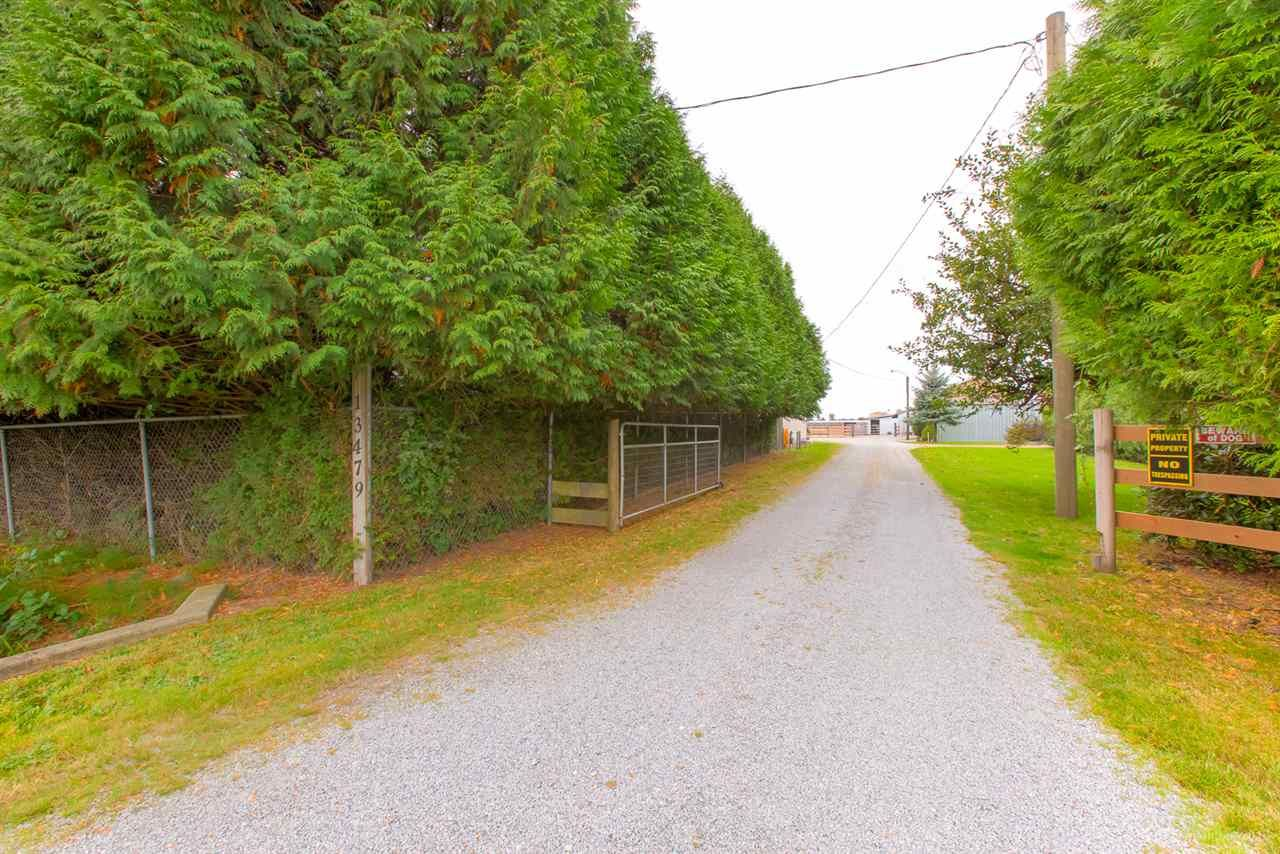 Photo 2: Photos: 13479 SHARPE Road in Pitt Meadows: North Meadows PI House for sale : MLS®# R2420820