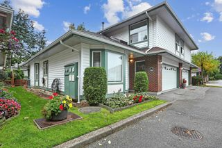 """Photo 2: 35 18939 65 Avenue in Surrey: Cloverdale BC Townhouse for sale in """"GLENWOOD GARDENS"""" (Cloverdale)  : MLS®# R2616293"""