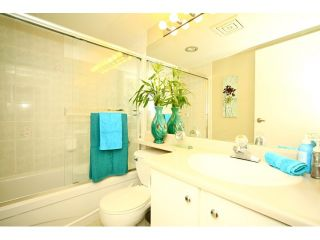 """Photo 6: 108 5565 BARKER Avenue in Burnaby: Central Park BS Condo for sale in """"BARKER PLACE"""" (Burnaby South)  : MLS®# V953563"""