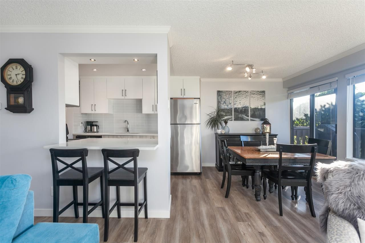 """Photo 3: Photos: 1041 OLD LILLOOET Road in North Vancouver: Lynnmour Condo for sale in """"Lynnmour West"""" : MLS®# R2333528"""