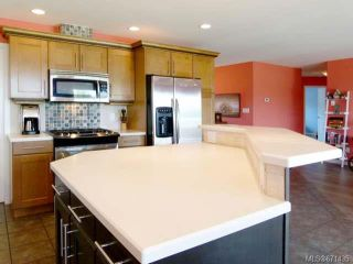 Photo 8: 2165 Varsity Dr in CAMPBELL RIVER: CR Willow Point House for sale (Campbell River)  : MLS®# 671435