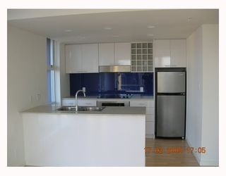 """Photo 5: 3606 602 CITADEL PARADE BB in Vancouver: Downtown VW Condo for sale in """"SPECTRUM"""" (Vancouver West)  : MLS®# V689482"""