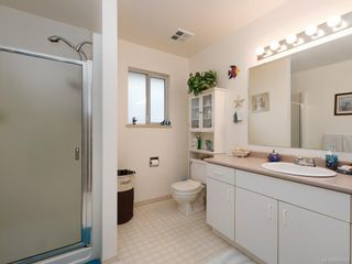 Photo 9: 728 Stancombe Pl in Esquimalt: Es Gorge Vale House for sale : MLS®# 842068