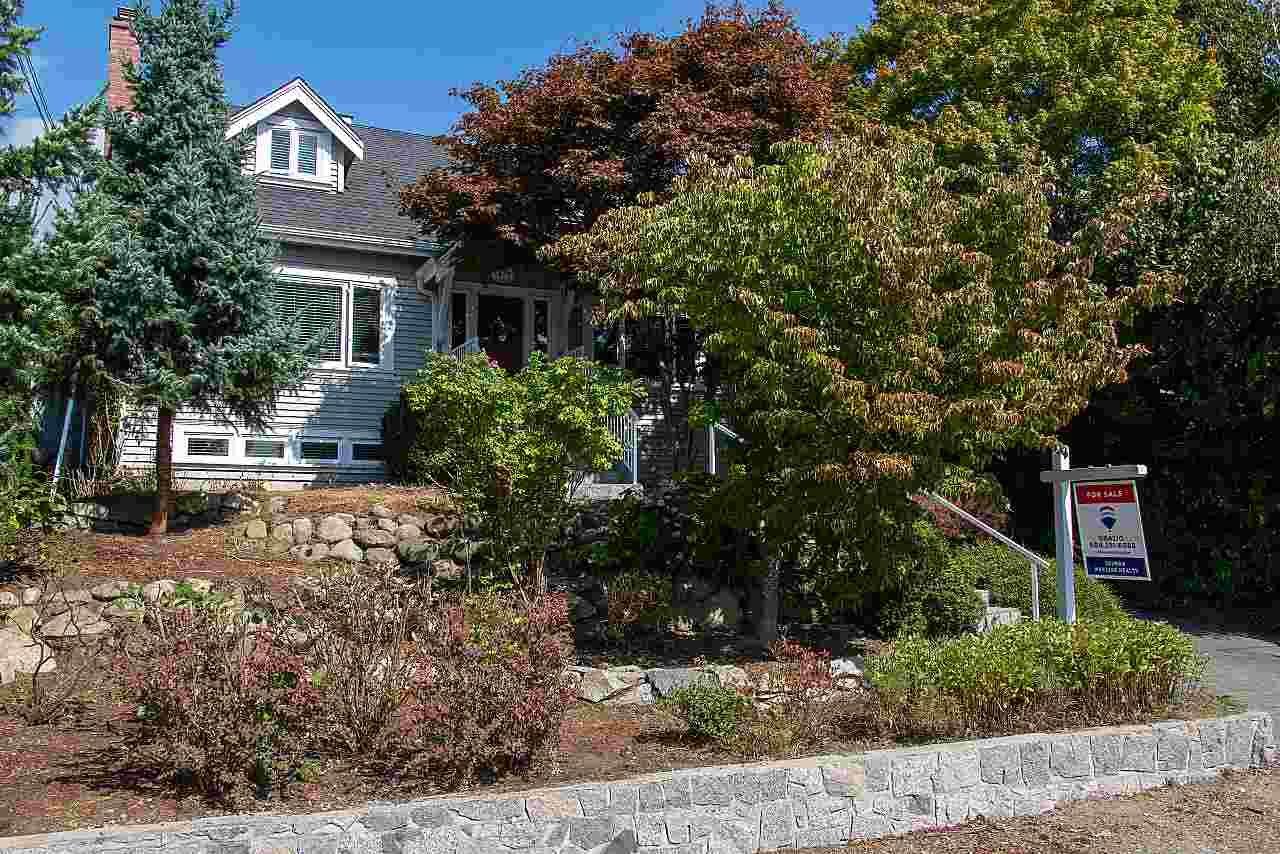 Main Photo: 1437 KINGS AVENUE in : Ambleside House for sale : MLS®# R2405136