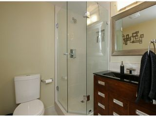 "Photo 15: 206 1280 FIR Street: White Rock Condo for sale in ""Oceana Villa"" (South Surrey White Rock)  : MLS®# F1408038"