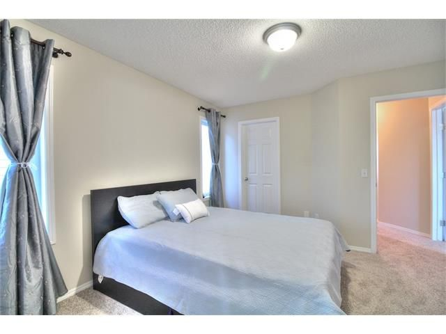 Photo 22: Photos: 606 EVERMEADOW Road SW in Calgary: Evergreen House for sale : MLS®# C4053479