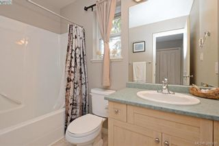Photo 15: 134 Thetis Vale Cres in VICTORIA: VR Six Mile House for sale (View Royal)  : MLS®# 776055