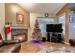 Photo 7: 704 8260 162A STREET in Surrey: Fleetwood Tynehead Townhouse for sale : MLS®# R2019432