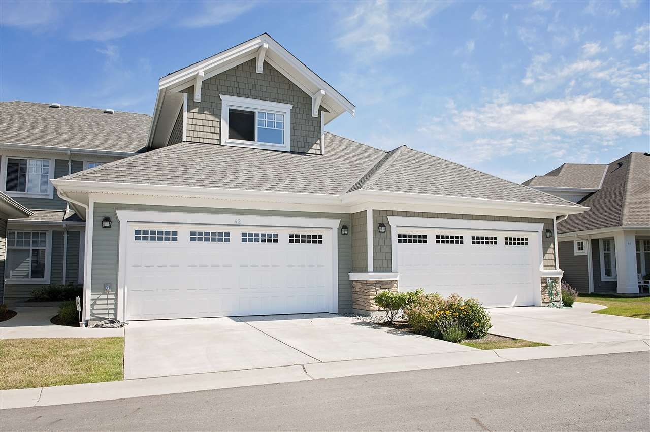 """Main Photo: 42 10500 DELSOM Crescent in Delta: Nordel Townhouse for sale in """"LAKESIDE AT SUNSTONE"""" (N. Delta)  : MLS®# R2091707"""